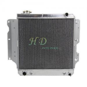 China Jeep Wrangler YJ ALL Aluminum car Radiator 3 Row performance radiator for auto tuning 1987 to 2006 wholesale