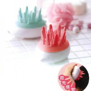 China Hedgehog modeling bath shampoo massage brush random color wholesale