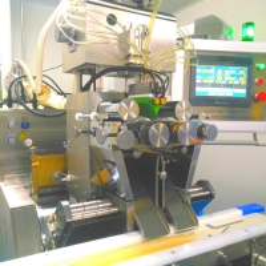 China 10000 Capsule Per Hour Automatic Vgel Encapsulation Machine wholesale