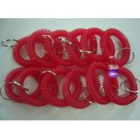 China 12pcs/lot plastic spiral coil wrist band key ring chain red color keyrings factory cheap wholesale