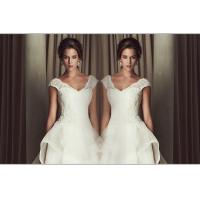 China Sexy Deep V Neck Sweetheart Lace Wedding Dress 3D Slim Open back wedding gowns wholesale