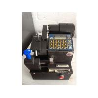 China automotive computerized code Key Cutting Machine for car wholesale