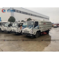 China JMC 4 Brushes 8cbm Stainless Steel Road Cleaning Vehicle wholesale