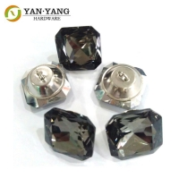 China chinese factory wholesale diamond glass sofa button crystal buttons wholesale