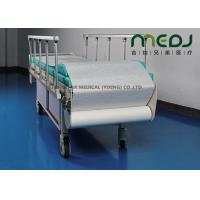 China Clinic Couch Disposable Paper Bed Roll Wood Pulp Drape Roll Customized Size wholesale