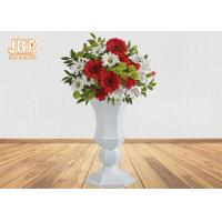 China Lightweight Glossy White Fiberglass Planters Floor Vases Wedding Decor Items wholesale