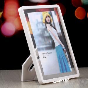 China acrylic 5x7 magnetic photo frame wholesale