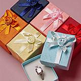 Elegant Custom Jewelry Paper Boxes Non Tarnishing Foam Inside For Bracelet And Necklace