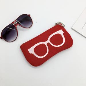China Sunflower Black soft eyeglasses bag microfiber sunglasses pouch custom logo.size:9cm*18cm. 2mm microfiber. on sale
