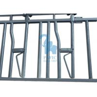 China 6 Head Opening Locking Feed Barriers For Cattle Farm 3660 * 1050mm Fence Length wholesale