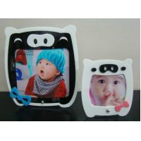 China acrylic lazy pig photo frame wholesale