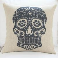 China Custom print skull cushion cover,durable cotton linen cushion,sofa TV body support padding wholesale