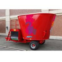China Belt Conveyor Ecotypic Silage Mixer Wagons , Large Capacity Cattle Feeder Wagon wholesale