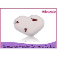 China Smooth Whitening Natural Bath Bombs Milk Dry Flower Heart Shaped Bath Bomb wholesale