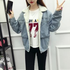 Customized Size Light Blue Womens Jean Jackets , Winter Warm Lining Collar Denim Jacket