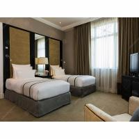China Luxury Complete Hotel Guest Room Furniture Sets Veneer And Lacquer Finished wholesale
