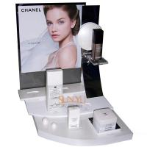China Plexiglass Cosmetic Makeup Organizer Retail POS Displays White Retail Ladder Shaped wholesale