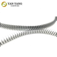 China chinese factory durable quality galvanized fastener mattress clip wholesale