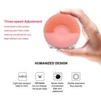 Quality Mini Silicone Facial Cleansing Brush Applying Ultrasonic Cleaning Technology for sale