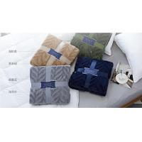 Wearable 100% Polyester Solid Flannel Blanket / Plush Blankets For Home And Travel