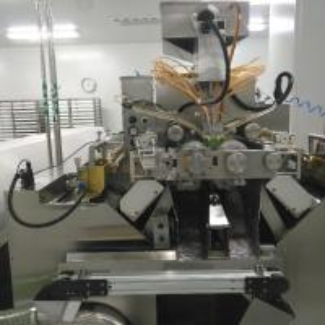 China 10 Inch Big Scale Fish Oil Softgel Capsule Machine / Encapsulation Machine S610 wholesale