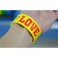 China silicone slap bracelet wristbands  , fashion silicone  bracelets wholesale