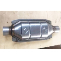 China Auto Exhaust System Stainless Steel Oval Catalytic Converter Inlet / Outlet 57mm wholesale