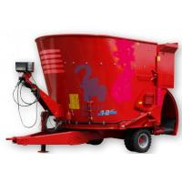 China Movable Livestock Feed Grinder Mixer , Large Volume Sheep Feed Grinder And Mixer wholesale