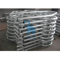 China Silver Durable Self Locking Cattle Feed Barriers Cattle Handling Gates For Husbandry Farm wholesale