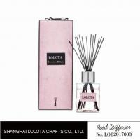 Quality silver cap square bottle reed diffuser with ribbon pink folding box for sale