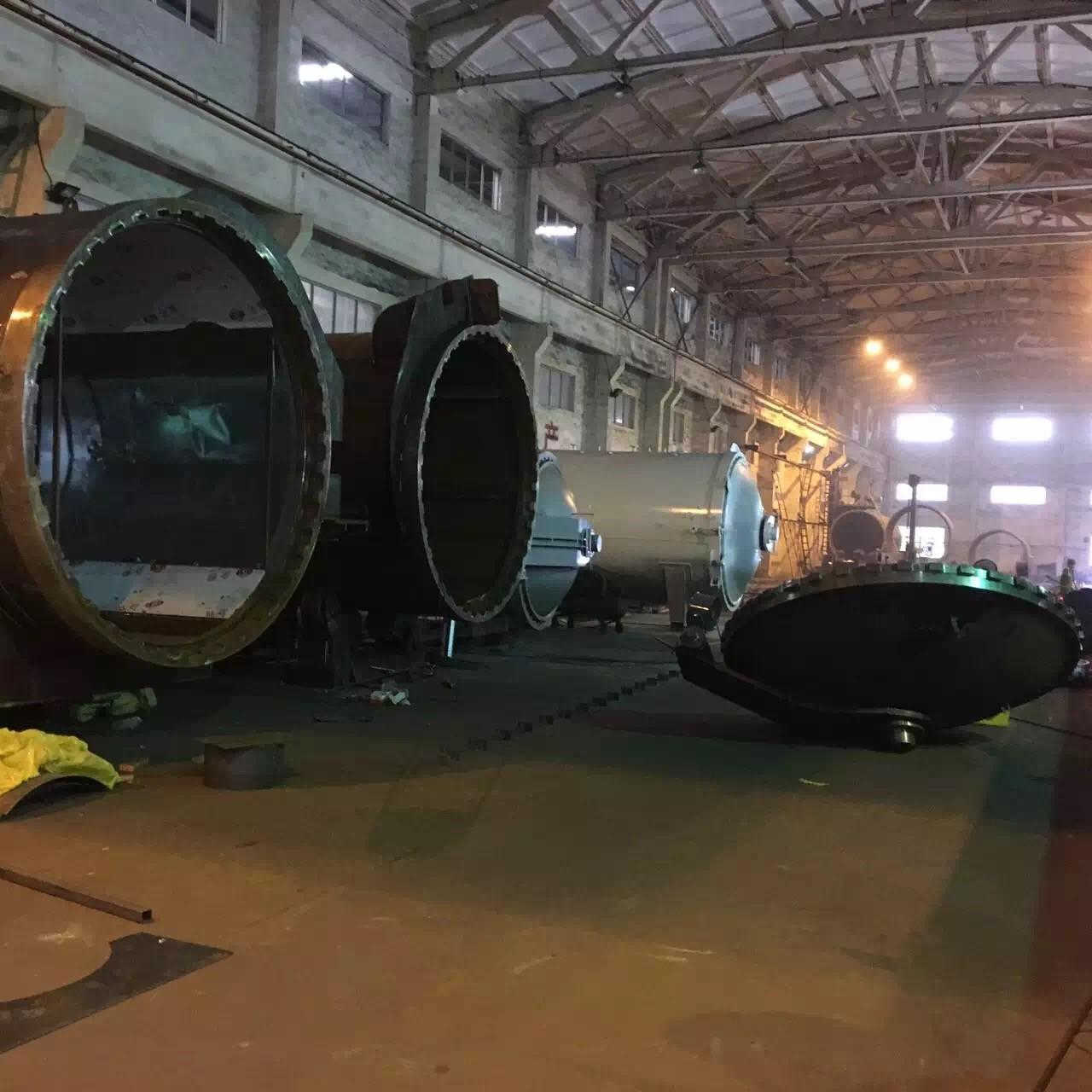 Quality Rubber Vulcanizing Autoclave With Safety Interlock , Automatic Control High for sale