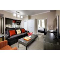 Modern Fashion King Size Bedroom Sets Ebony Finished With Sofa / Solid End Table