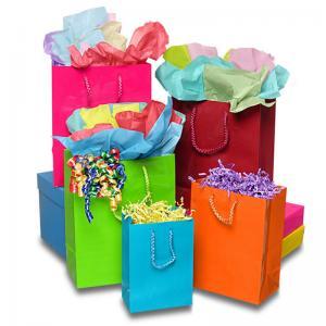 China Matte Laminate Jewelry Gift Bags / Custom-printed Jewellery Paper Bag on sale
