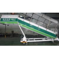 China Non Slip Passenger Boarding Stairs , Aircraft Step Ladder CE Approved wholesale