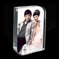 China Fashionable Free Standing Acrylic Photo Frames With Magnetic , Transparent wholesale