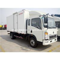 China Sinotruk Light Duty Ice Box Truck Right Hand Driving Truck With KV 300 Refrigerator wholesale