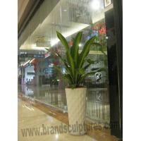 China Art Gallery Ornament Hot-sale Fiberglass Planters Sculptures wholesale